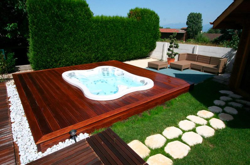 Beautiful garden spa design